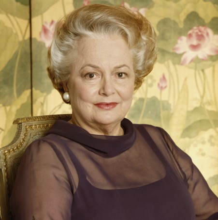 olivia-de-havilland-photo-by-terry-oneilliconic-imagesgetty-images